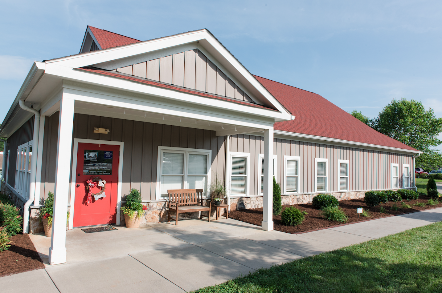 Crossroads Animal Hospital | Gordonsville, VA